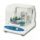 Labnet Model 222DS Benchtop/Underbench, Compact Shaking Incubator